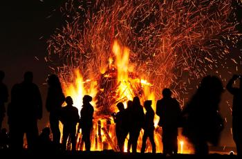 Uruguai leva as festas juninas para dentro das vinícolas: é o enoturismo com los Fuegos de San Juan
